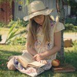bambina_legge_libro